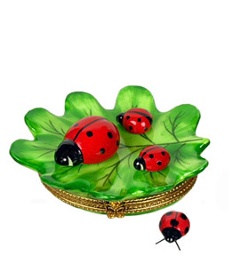 ladybugs on leaf Limoges box