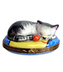 kitten with yarn limoges box
