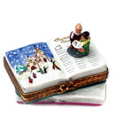 Rochard Christmas carolers on book Limoges box