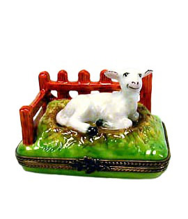 Limoges box Lamb lying by fence