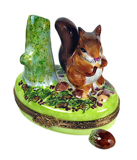 Limoges box squirrel with acorn
