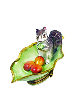 squirrel on leaf Limoges box