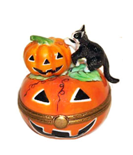 Limoges box black cat climbing on two jack o'lanterns