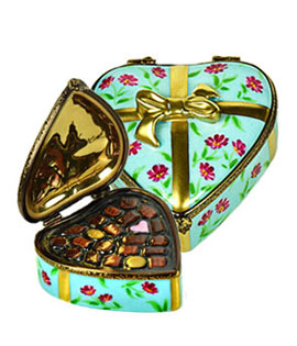 heart candy box turquoise with flowers