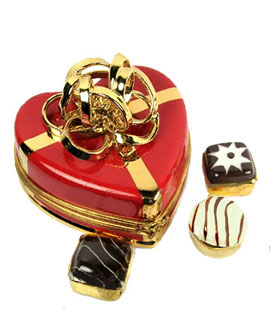 heart Limoges box with gold loop bow and three truffles