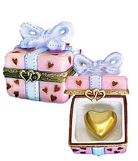 pink gift hearts with heatts Limoges box