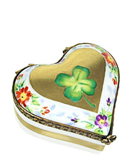 Limoges box heart with clover