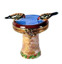Artoria Birds at Birdbath Limoges box