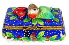 winter bird on snow scene Limoges box