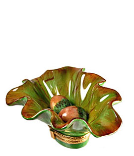 acorns in oak leaf Limoges box
