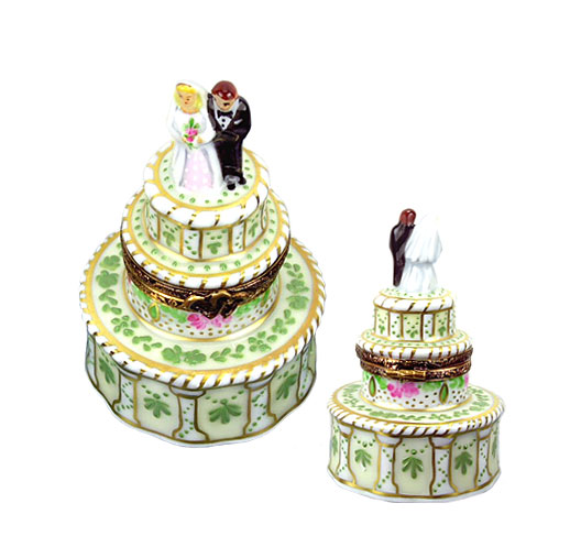 Laclaire wedding cake Limoges box with bride and goom